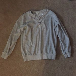 laced front sweatshirt